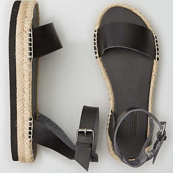 c44c09bb36c American Eagle black platform espadrilles sandals